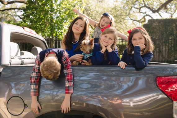 Brooks and Leah family - Houston family photographer